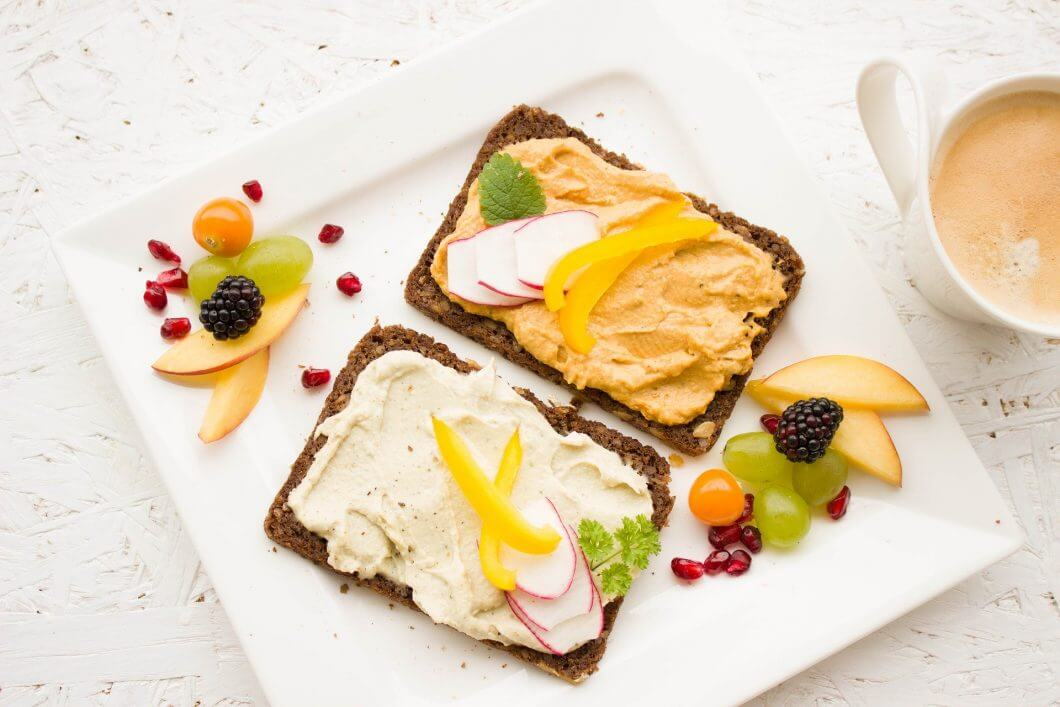 breakfast-1804457_1920